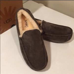 🎁☃️New Ascot Charcoal moccasin Suede Slipper Sz 9